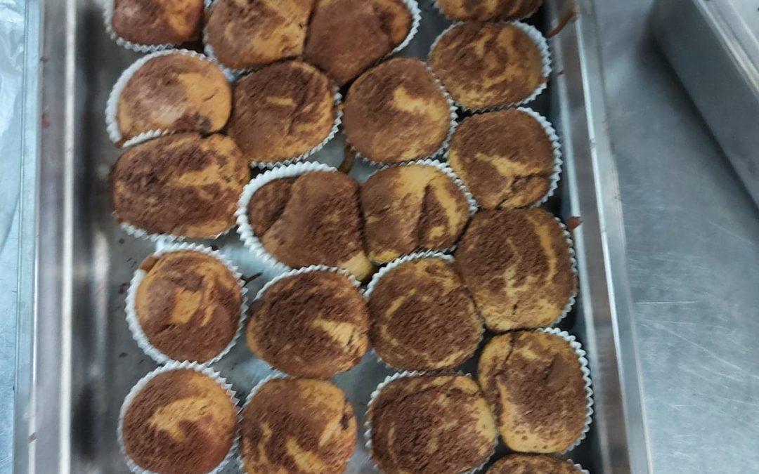 Confeção de queques de chocolate e canela
